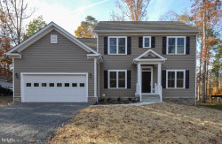 Photo of 1104 Lakeview PARKWAY, Locust Grove, VA 22508 (MLS # VAOR135544)