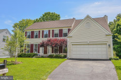 Photo of 10095 Post Oak TERRACE, Manassas, VA 20110 (MLS # VAPW467478)