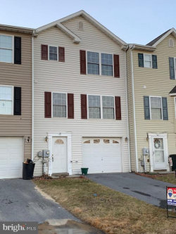 Photo of 37 Cosmos Dr, Martinsburg, WV 25404 (MLS # WVBE156222)
