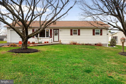Photo of 272 Picture Mountain DRIVE, Martinsburg, WV 25404 (MLS # WVBE173238)