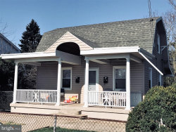 Photo of 213 N Cleveland AVENUE, Hagerstown, MD 21740 (MLS # 1000418024)