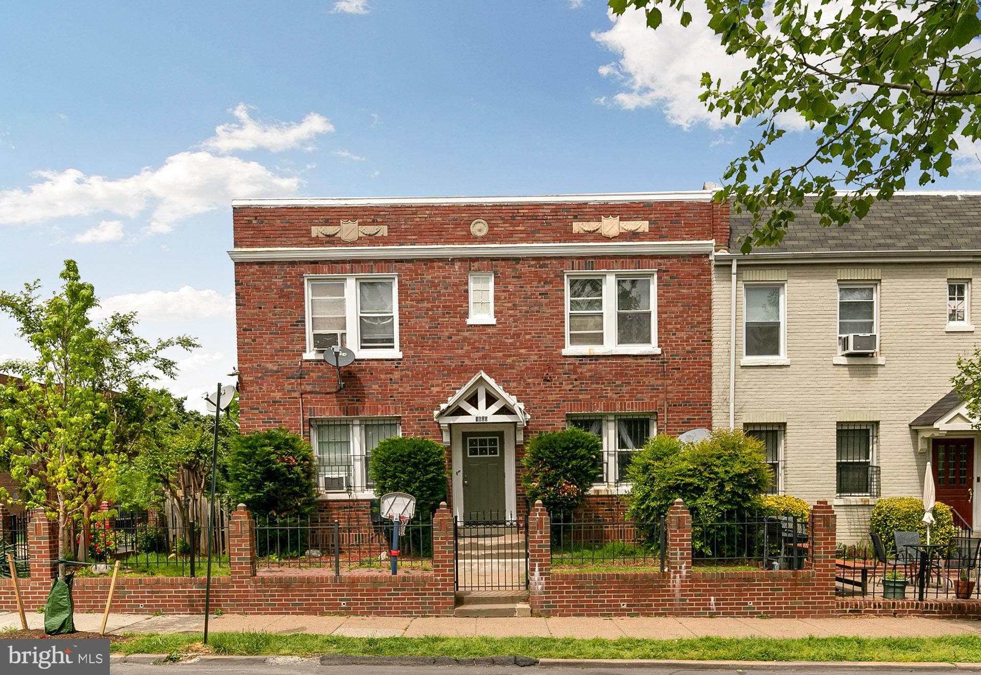 Photo for 1600 Isherwood STREET NE, Washington, DC 20002 (MLS # DCDC426792)