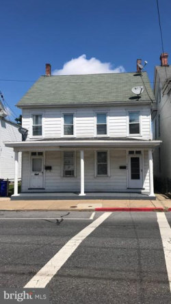 Photo of 624 622 Salem AVENUE, Hagerstown, MD 21740 (MLS # MDWA136438)