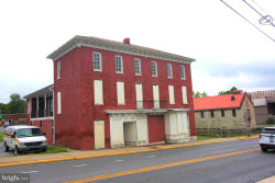 Photo of 406 Queen STREET N, Martinsburg, WV 25401 (MLS # WVBE169446)