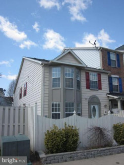 Photo of 536 Hollyberry WAY, Frederick, MD 21703 (MLS # 1000175602)