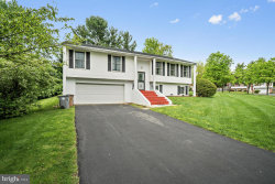 Photo of 15 Sunnymeade COURT, Potomac, MD 20854 (MLS # 1001838504)