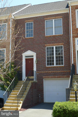 Photo of 24654 Kings Canyon SQUARE, Aldie, VA 20105 (MLS # 1004167515)