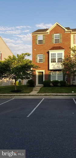 Photo of 2028 Spring Run CIRCLE, Frederick, MD 21702 (MLS # MDFR251920)