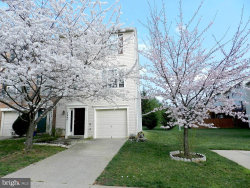 Photo of 4640 Weston PLACE, Olney, MD 20832 (MLS # MDMC320772)