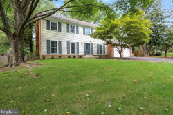Photo of 10105 Logan DRIVE, Potomac, MD 20854 (MLS # MDMC320776)