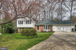 Photo of 11706 N Bunnell COURT, Potomac, MD 20854 (MLS # MDMC455432)