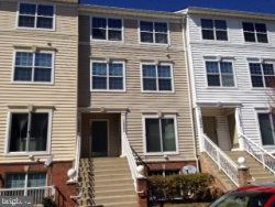 Photo of 12982 Pinnacle DRIVE, Unit 16-6, Germantown, MD 20874 (MLS # MDMC675272)