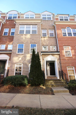 Photo of 13608 Dover Cliffs PLACE, Germantown, MD 20874 (MLS # MDMC692826)