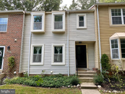 Photo of 18753 Summer Oak COURT, Germantown, MD 20874 (MLS # MDMC727368)