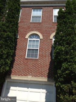 Photo of 2919 Mainstone DRIVE, Fairfax, VA 22031 (MLS # VAFX1084886)