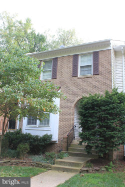 Photo of 5904 Langton DRIVE, Alexandria, VA 22310 (MLS # VAFX1085160)