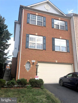 Photo of 12681 Heron Ridge DRIVE, Fairfax, VA 22030 (MLS # VAFX1090528)