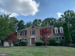 Photo of 11783 Hollyview DRIVE, Great Falls, VA 22066 (MLS # VAFX1155524)
