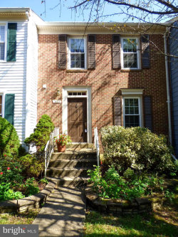 Photo of 7405 Duddington DRIVE, Alexandria, VA 22315 (MLS # VAFX1157186)