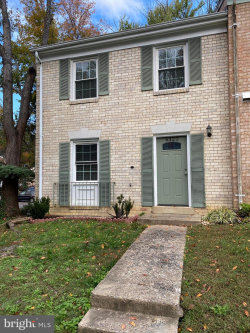 Photo of 6322 Draco STREET, Burke, VA 22015 (MLS # VAFX1164690)