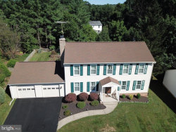 Photo of 10166 Yorktown WAY, Great Falls, VA 22066 (MLS # VALO394222)
