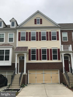 Photo of 43573 White Cap TERRACE, Chantilly, VA 20152 (MLS # VALO411572)