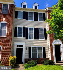 Photo of 42900 Pamplin TERRACE, Chantilly, VA 20152 (MLS # VALO411684)