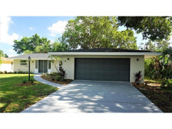 Photo of 535 Bellaire Drive, VENICE, FL 34293 (MLS # A4199147)