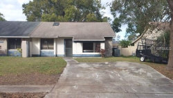 Photo of 7640 Timber River Circle, ORLANDO, FL 32807 (MLS # O5552459)