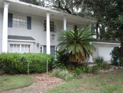 Photo of 904 Winchester Lane, VALRICO, FL 33594 (MLS # T2890546)