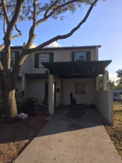 Photo of 5161 Tennis Court Circle, Unit 48, TAMPA, FL 33617 (MLS # T2918396)