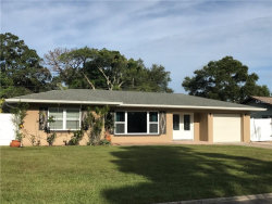 Photo of 11522 Oval Drive W, LARGO, FL 33774 (MLS # U7830254)