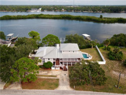 Photo of 1538 Riverside Drive, TARPON SPRINGS, FL 34689 (MLS # U7841210)
