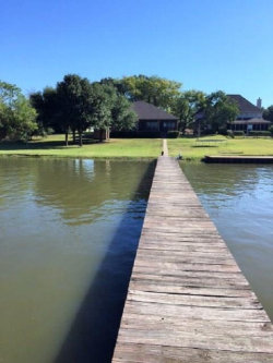 Photo of 105 Peninsula Crossing Drive, Kemp, TX 75143 (MLS # 13628628)