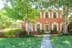 Photo of 906 Meadow Park Drive, Allen, TX 75002 (MLS # 13629669)