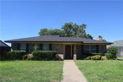 Photo of 403 Cherry Ann Drive, Euless, TX 76039 (MLS # 13630832)