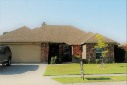 Photo of 1010 Porter Place, Sanger, TX 76266 (MLS # 13638890)