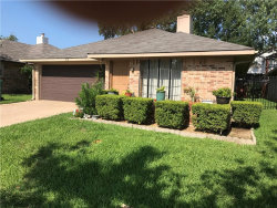 Photo of 918 Boxwood Drive, Lewisville, TX 75067 (MLS # 13653082)