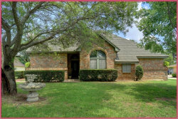 Photo of 2126 Westwood Terrace, Grapevine, TX 76051 (MLS # 13653545)