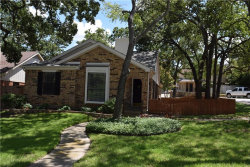 Photo of 400 E Ash Lane, Euless, TX 76039 (MLS # 13653709)