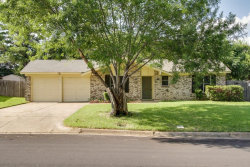 Photo of 209 Town Creek Drive, Euless, TX 76039 (MLS # 13656328)