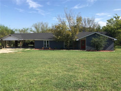 Photo of 121 Colonial Parkway, Burleson, TX 76028 (MLS # 13675114)