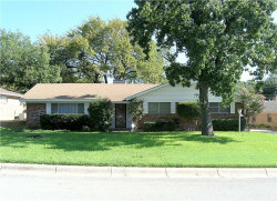Photo of 4913 Saint Lawrence Road, Fort Worth, TX 76103 (MLS # 13677916)