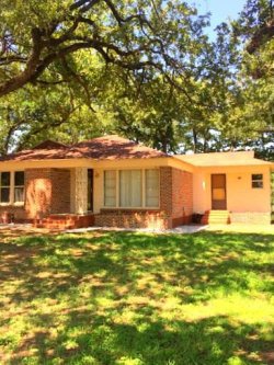 Photo of 530 S New Hope Road, Kennedale, TX 76060 (MLS # 13682729)