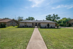 Photo of 305 Oak Valley Drive, Colleyville, TX 76034 (MLS # 13686192)