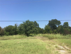 Photo of 1807 W Hwy 82, Lot 1, Gainesville, TX 76240 (MLS # 13693411)