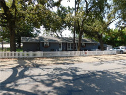 Photo of 206 E Oak Street, Edgewood, TX 75117 (MLS # 13695392)