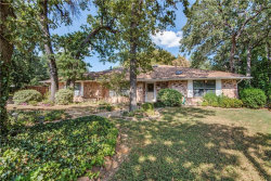 Photo of 1532 Country Forest Court, Grapevine, TX 76051 (MLS # 13696526)
