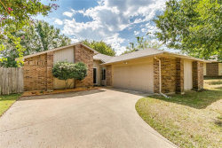 Photo of 1319 Colony Court, Flower Mound, TX 75028 (MLS # 13697909)