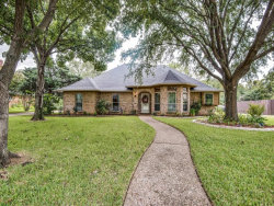 Photo of 914 Oak Creek Estates Drive, Lewisville, TX 75067 (MLS # 13698957)